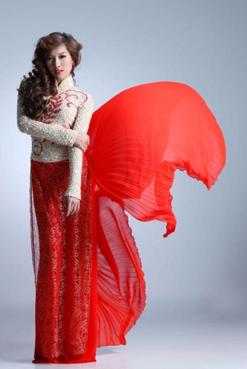 Vũ điệu áo dài của Phạm Anh Thư