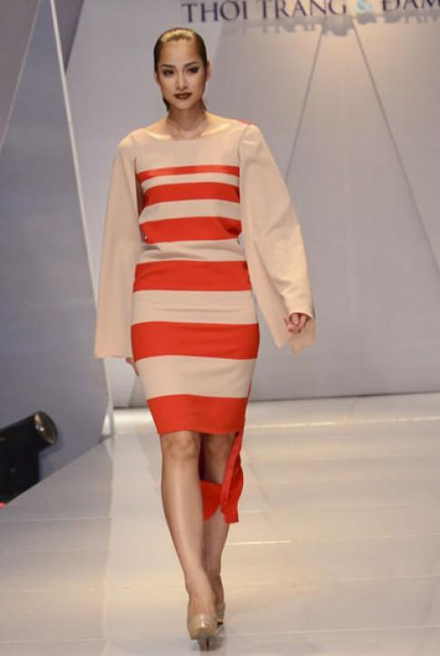 Vương Thu Phương đi diễn sau khi bị loại khỏi Hoa hậu VN