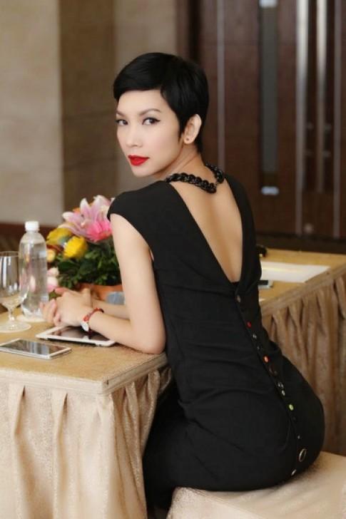 Xuân Lan tặng học bổng 12.000 USD cho người mẫu nghiệp dư