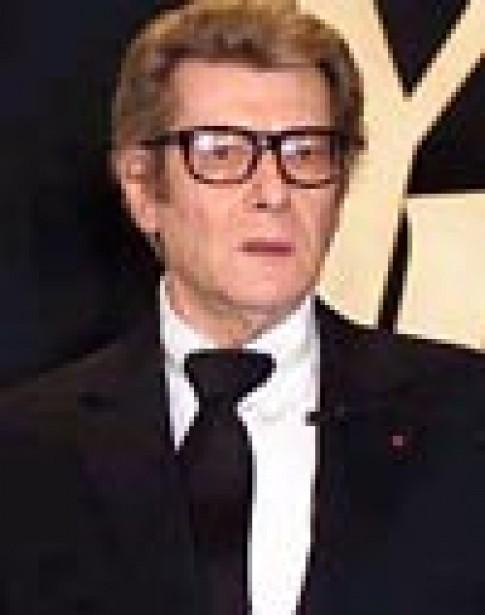 Yves Saint Laurent giải nghệ