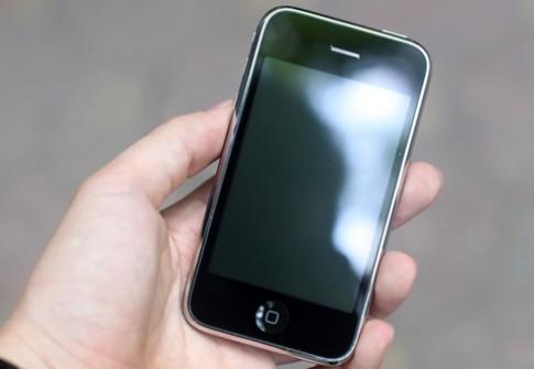 10 điện thoại bán tại Việt Nam tháng 7