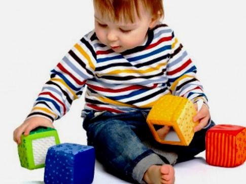 10 đồ chơi tốt nhất cho bé yêu