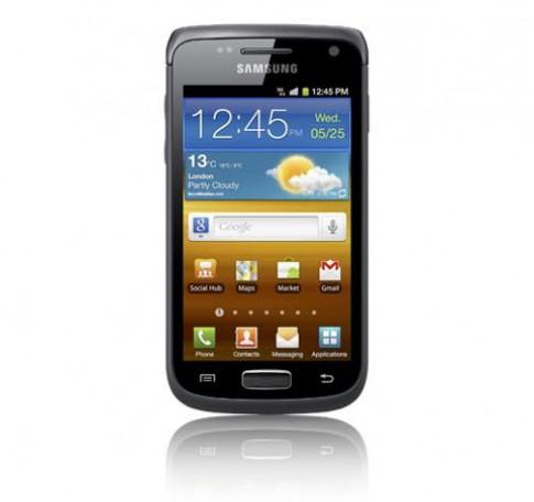 10 smartphone phổ thông bán tốt cận Tết