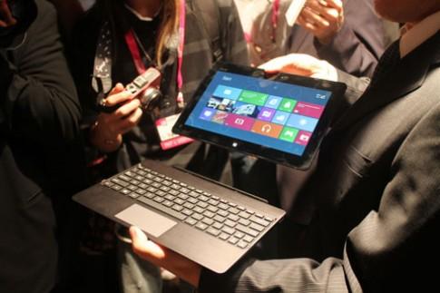 2012 - năm của laptop biến hình