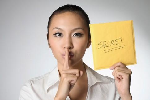 """5 bí mật các cô gái nên nhất quyết """"sống để bụng chết mang theo"""""""