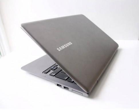 5 laptop hấp dẫn cho sinh viên