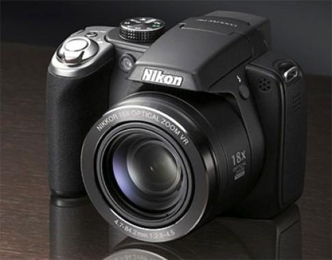 5 máy ảnh siêu zoom đa tài