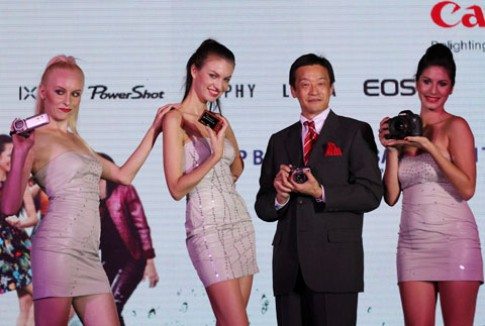 5D Mark III chính hãng giá 89 triệu đồng