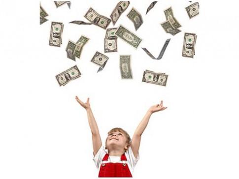 6 sai lầm khi dạy con về tiền bạc