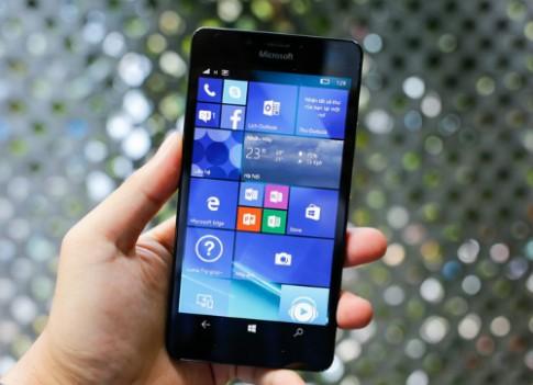 6 smartphone đáng chú ý bán ra trong tháng 12