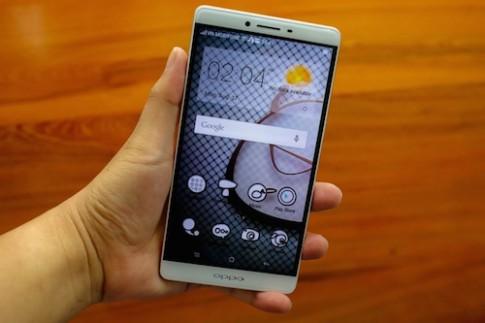 6 smartphone đáng chú ý bán ra trong tháng 9