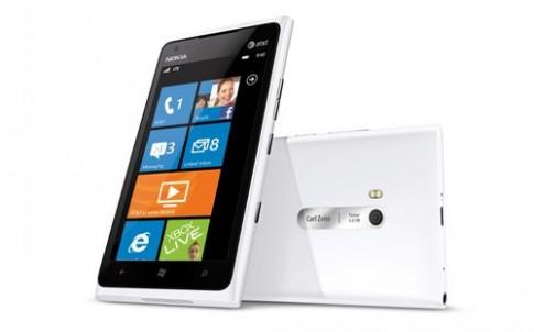6 smartphone giảm giá tháng 12/2012