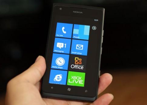 6 smartphone giảm giá trong tháng 11