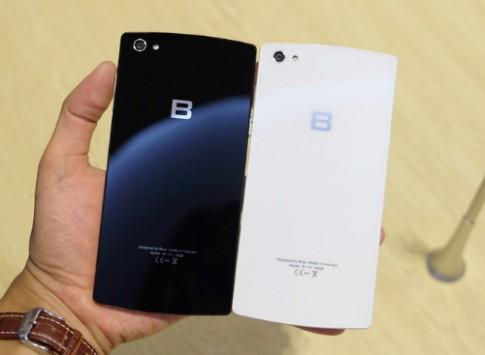 8 smartphone cao cấp ra mắt tại Việt Nam nửa đầu năm 2015