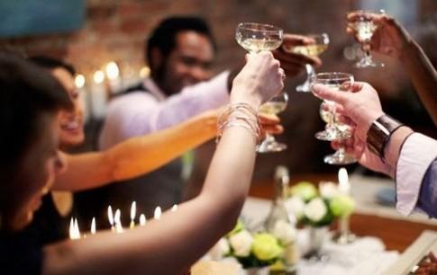 9 cách giải rượu bia cấp tốc ngày Tết được bác sĩ kiểm chứng