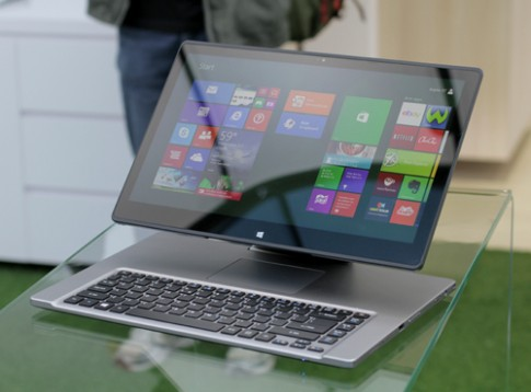 Acer Aspire R7 - ultrabook kiểu dáng 'độc'