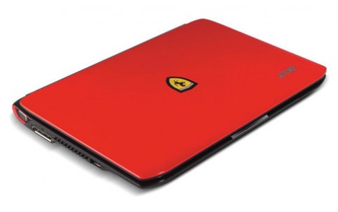 Acer Ferrari One chỉ còn 12,9 triệu đồng