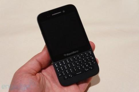 Ảnh BlackBerry Q5 giá rẻ