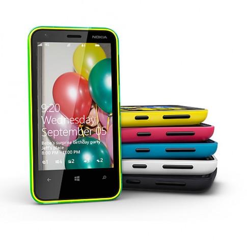 Ảnh chính thức Nokia Lumia 620