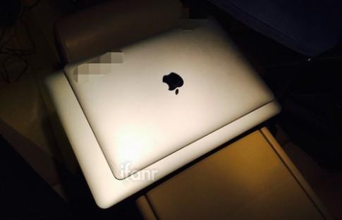 Ảnh đầu tiên được cho là MacBook Air bản 12 inch