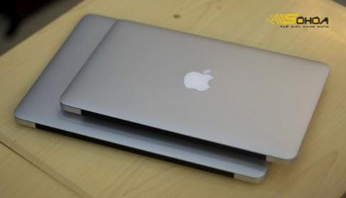 'Anh em' MacBook Air 2010 đọ dáng
