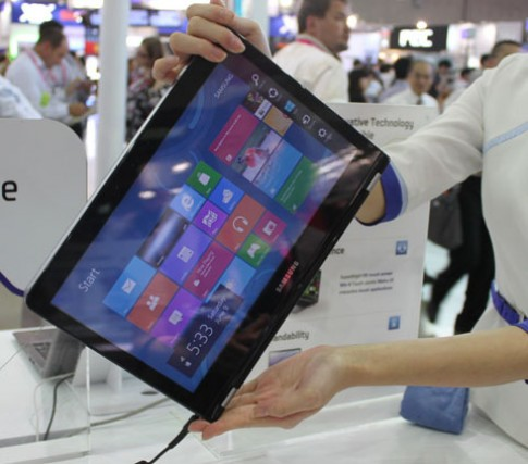 Ảnh hai ultrabook cảm ứng của Samsung