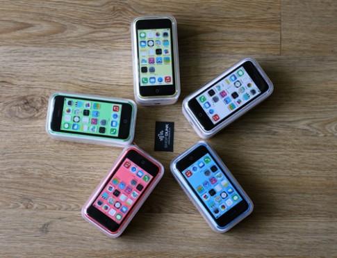 Ảnh iPhone 5C với 5 màu sắc