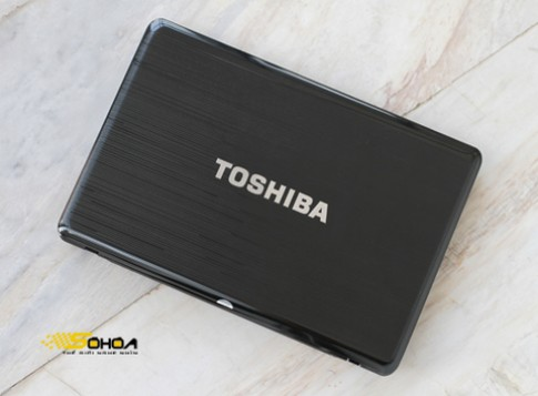 Ảnh laptop giải trí đa năng của Toshiba