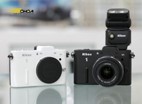 Ảnh Nikon V1 mới bán ở VN