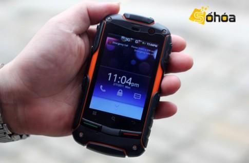 Ảnh smartphone Android 2 sim 'siêu bền'