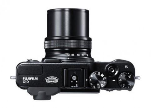 Ảnh, thông số kỹ thuật Fujifilm X10 xuất hiện