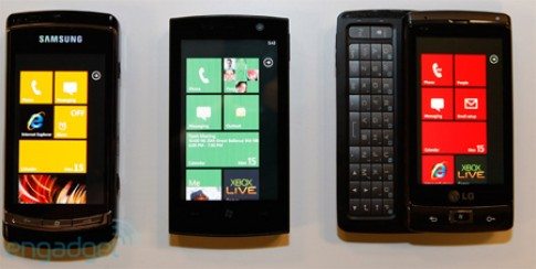 Ảnh thực tế 3 chiếc di động chạy Windows Phone 7