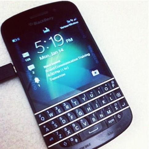Ảnh thực tế BlackBerry X10 xuất hiện trên Instagram