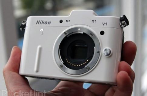 Ảnh thực tế bộ đôi Nikon J1 và V1