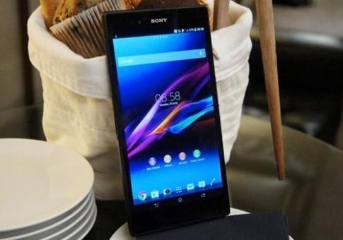 Ảnh thực tế điện thoại Sony Xperia Z 'phóng to' 6,4 inch