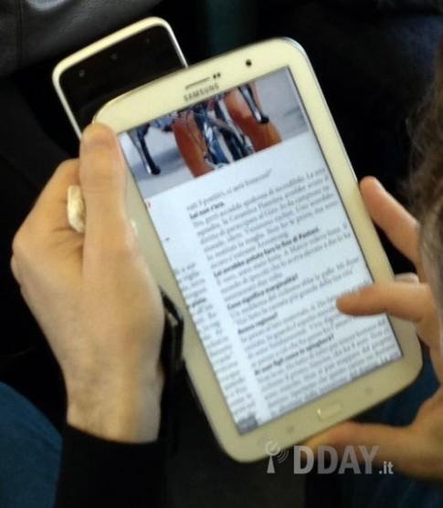 Ảnh thực tế Galaxy Note 8 inch sắp ra mắt