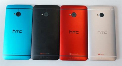 Ảnh thực tế HTC One và One Mini màu xanh dương
