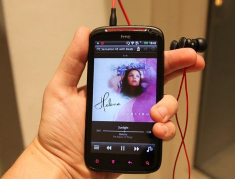 Ảnh thực tế HTC Sensation XE