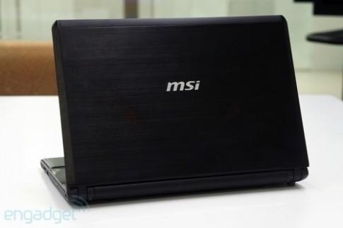 Ảnh thực tế laptop MSI GE40