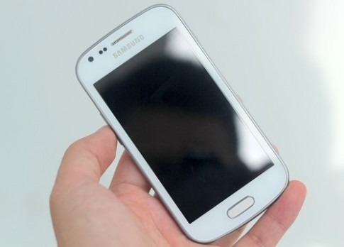 Ảnh thực tế Samsung Galaxy Trend