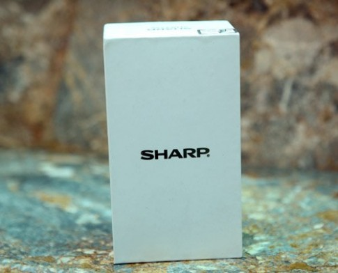 Ảnh thực tế Sharp SH837W