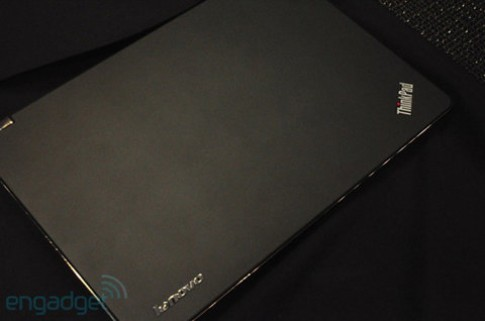 Ảnh thực tế ThinkPad Edge E220s