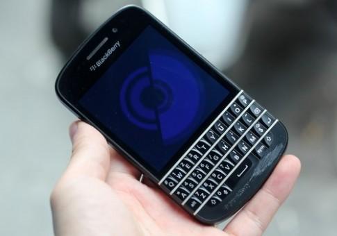 Ảnh thực tế về chiếc BlackBerry Q10 ở Việt Nam
