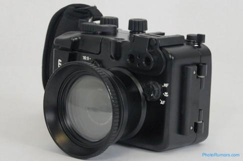 'Áo giáp' cho Lumix LX5 đắt gấp đôi máy
