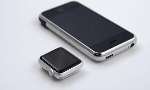 Apple Watch giống iPhone đời đầu thu nhỏ
