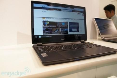 Ba máy tính chạy Windows 8 của Acer tại IFA