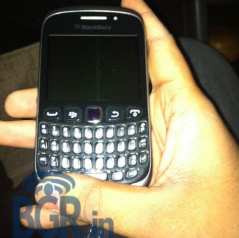 BlackBerry 9320 đột ngột xuất hiện tại Ấn Độ