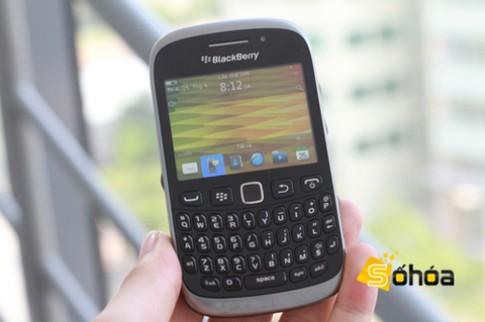 BlackBerry 9320 lộ diện tại Việt Nam