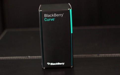 BlackBerry Curve 9220 giá 4,6 triệu