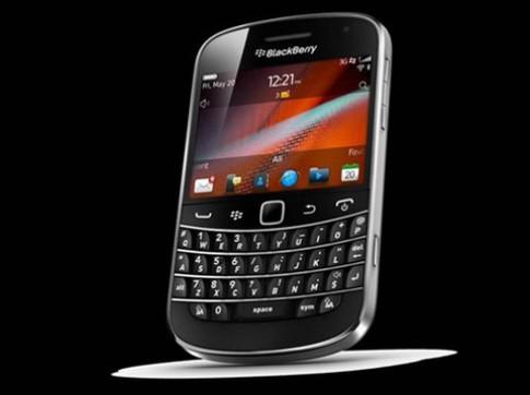 BlackBerry giảm giá từ 10 đến 30% giá trị máy